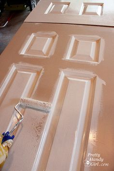 How to paint doors the professional way.  Good to know.