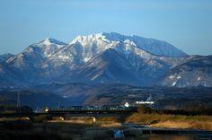 朝の大山 | 自然・風景 > 山の写真 | GANREF