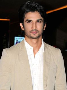 When Sushant Singh Rajput lost his calm in his gym! - http://www.bolegaindia.com/gossips/When_Sushant_Singh_Rajput_lost_his_calm_in_his_gym-gid-36454-gc-6.html