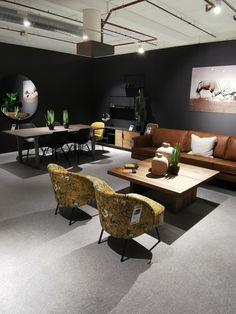 Jotun 99 forskjellige farger Malta, Conference Room, Table, House, Furniture, Garden, Home Decor, Malt Beer, Garten