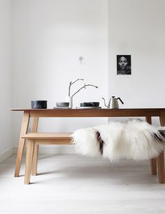 great tablesetting and cozy seating  @aesencecom Minimal Home Inspo