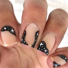 In search for some nail designs and ideas for your nails? Here's our listing of must-try coffin acrylic nails for cool women. Gel Uv Nails, Galaxy Nails, Diy Nails, Gradient Nails, Neon Nails, Uv Gel, Star Nail Designs, Creative Nail Designs, Creative Nails