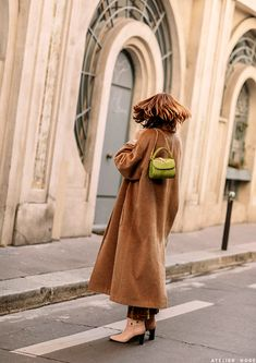 Three Looks With Amélie Pichard - Atelier Doré