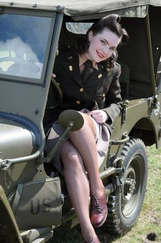 Army pin-up photo Could sure use one of these for my Willys ; Military Pins, Military Women, Military Fashion, Military Style, Military History, Nylons, In Pantyhose, Gi Joe, Pin Up Girls