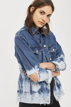 Channel your 90's girl cool with this tie dye denim jacket. In a white and blue colour way, it's perfect to wear to festivals and beyond.
