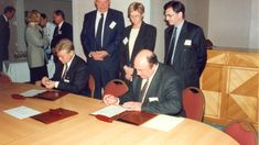 Arnstad & Norviks Russland - Nye Meninger Nye, Norway, Affair, Investing, Russia