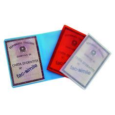 Porta carta d'identità  Quantità: 1000 pz.  Materiale: pvc motif colorato, satinato a base trasparente. Personalizzabile in serigrafia.  Dimensione: cm 12x17 aperto