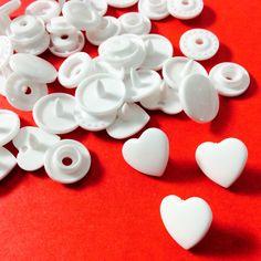 Boutons pressions KAM T5 cœur blanc