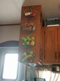 Store fruit vegetables produce in the kitchen of a camper motorhome travel trailer tiny home &; Store fruit vegetables produce in the kitchen of a camper motorhome travel trailer tiny home &; Stacey Hoppe […] Homes Organization Camper Hacks, Rv Hacks, Caravan Hacks, Rv Campers, Camper Trailers, Travel Trailers, Travel Trailer Decor, Happy Campers, Travel Camper