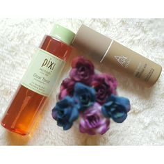 Alpha H Liquid Gold review + photos. Find out how this product gets rid of acne scars and blemishes. Includes a comparison to the Pixi Glow Tonic!