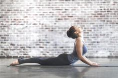 Is yoga strength training? Some styles do meet the guidelines for better health through strength training, but gentle, restorative yoga workouts usually do not. Cardio Yoga, Yoga Positionen, Pilates, Yoga Meditation, Yoga Workouts, Fitness Workouts, Full Body Workouts, Yoga For Back Pain, Runner's World