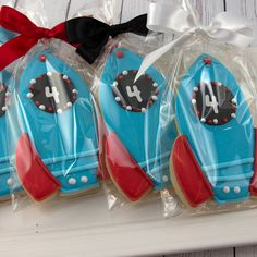 Spaceship Rocketship Cookies - 12 Decorated Sugar Cookie Favors from Truly Scrumptious Cookies Space Party, Space Theme, Cookies Et Biscuits, Baby Cookies, Heart Cookies, Valentine Cookies, Easter Cookies, Birthday Cookies, Snookerdoodle Cookies