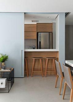 Marcenaria: 24 ideias para aproveitar melhor os espaços Minimal Home, Home Decor Inspiration, Kitchen Interior, My Dream Home, Home Office, Minimalism, Sweet Home, Furniture, Design