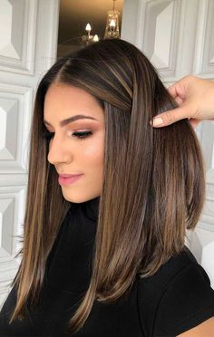 51 Gorgeous Hair Color Worth To Try This Season balayage hair color, light brown hair color ideas, hair colours 2019 hair color trends, best hair color for fall hair colors best hair color for hair color ideas for brunettes, light brown hair Brown Hair Balayage, Hair Color Balayage, Balayage Straight, Balayage Highlights, Brown Lob Hair, Brown Highlighted Hair, Balayage Bob Brunette, Carmel Brown Hair, Brown Balayage Bob