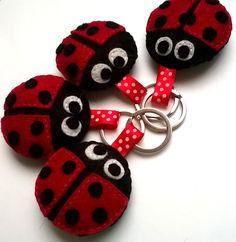 Felt ladybug keychain - ladybird - felt accessories - eco friendly - gift for her - key holder - felt animals - pinned by pin4etsy.com