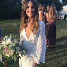Boho bride flashback- stunning wedding dress  @waverleyandgrandevents www.waverleyandgrand.com