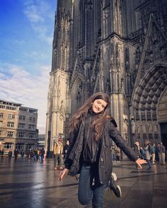 Such a beautiful cathedral in Cologne! ❤️ Thank you  for amazing show and trip!