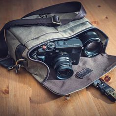 Our Bowery bag perfect for mirrorless camera kits like @dan_bertholet's. Gotta love that Fuji X-Pro2. // #InMyONA by onabags