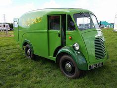 1957 Morrıs J van - Vintage Vans, Vintage Trucks, Classic Trucks, Vans Classic, Step Van, Vanz, Day Van, Mini Bus, Panel Truck