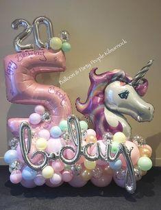 Balloon Shop, Balloon Display, Balloon Gift, Balloon Garland, Birthday Balloon Decorations, Fiesta Decorations, Birthday Balloons, Unicorn Party, Unicorn Birthday