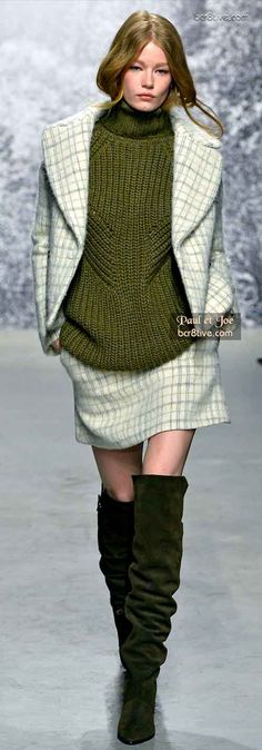 Emerald City! Fall Fashion Trends Paul et Joe Sweater