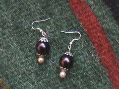 pearl earrings   handmade love fabricreation by Olga