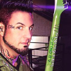 Jason and his monster energy Gibson. Jason Hook/5fdp