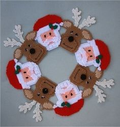 Free Printable Plastic Canvas Patterns | Santa and Reindeer Wreath Plastic Canvas Pattern Christmas | eBay