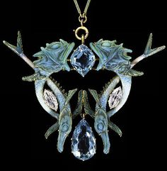 Lalique 1900 Fish Pendant: glass/ gold/aquamarine/diamond/enamel