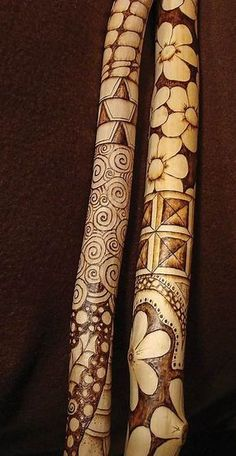 new Ideas for wood carving dremel pattern walking sticks Handmade Walking Sticks, Hand Carved Walking Sticks, Walking Sticks And Canes, Wooden Walking Sticks, Wood Sticks, Painted Sticks, Walking Canes, Pyrography Patterns, Wood Carving Patterns