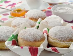 Krapfen - Grundrezept from Austria! Almost German --find this recipe and the best German recipes @ www.Mybestgermanrecipes.com in English
