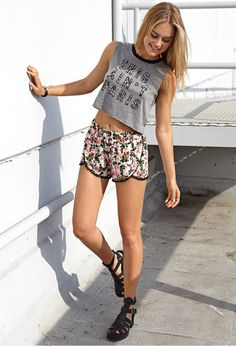 Forever 21 Festive Floral Dolphin Shorts in Pink (Black/pink)   Lyst