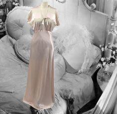 Reasonable Vtg Komar Beautiful Shimmery White Bridal Nightgown Size Small Pristine Sleepwear & Robes
