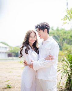 Thai Drama, Actresses, Actors, Couple Photos, Couples, Dramas, Fashion, Female Actresses, Couple Shots