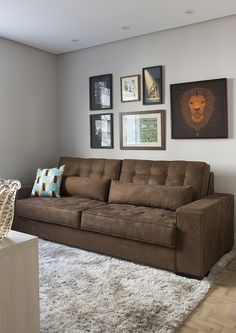 Grey And Yellow Living Room, Living Room Decor Brown Couch, Classy Living Room, Living Room Sofa Design, Bedroom Furniture Design, Living Room Color Schemes, Home Living Room, Living Room Tv Unit Designs, Sofa Set Designs