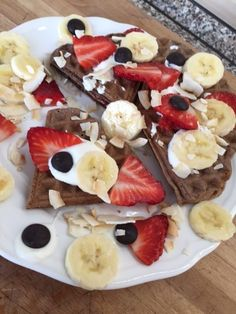 Great Recipes, Healthy Recipes, Healthy Food, Fruit Salad, Food And Drink, Breakfast, Waffles, Healthy Foods, Morning Coffee