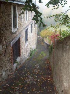 Fotografía: Monica Rosas-Mont Saint Michel y Castillos del Loira-Chateau du Clos Mont Saint Michel, Imagines, Castles, Madrid, Medieval, Spain, Vacation, Pageant Photography, Driveways