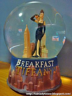 Presenting another movie classic Snowglobe: Breakfast at Tiffany's. The 1961 story of an opportunistic swindler finding true love in New York City is said to have been Audrey Hepburn's most memorable performance ever
