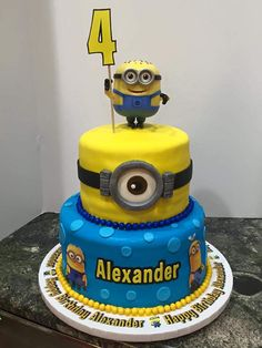 https://flic.kr/p/BwjGJ1 | minion 2 tier birthday cake
