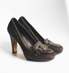 f270f86491 TORY BURCH JOAN LOAFER PUMPS 7.5 Brown Suede  295 Medallion Heels Platform  Shoes
