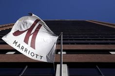 Starwood Agrees to Sweetened Merger With Marriott #Business_ #iNewsPhoto