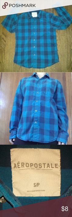 CLOSET CLOSING Aeropostale button down shirt Small +Great used condition +Plaid deisgn +Has pocket on the upper left side +Also has a collar +Brand: Aeropostale +Size: Small +NO trades; Offers always welcome Aeropostale Tops Button Down Shirts