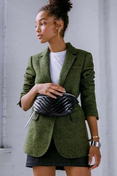 Product detailsWith an effortlessly oversized fit, the Merilee Jacket features a charming tweed and minimal single-button closure. It's a year-round jacket that layers well with others.Source: Merilee Jacket by Rebecca Minkoff Blazer Outfits For Women, Office Outfits Women, Blazers For Women, Tweed Blazer Outfit, Tweed Jacket, Geek Chic Fashion, Older Women Fashion, Blazer Fashion, Rebecca Minkoff