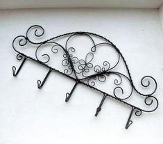 drátovaný věšák srdcový