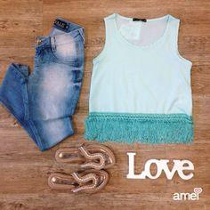 Fresquinha e confortável no trabalho ❤ #lojaamei #look #franjas #rasteirinha #etiquetaamei #jeans