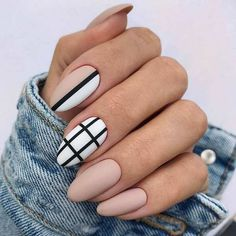 nail art designs for spring . nail art designs for winter . nail art designs with glitter . nail art designs with rhinestones Fall Almond Nails, Classy Almond Nails, Short Almond Nails, Almond Nail Art, Classy Nail Art, Classy Nail Designs, Fall Nail Art Designs, Black Nail Designs, Minimalist Nails