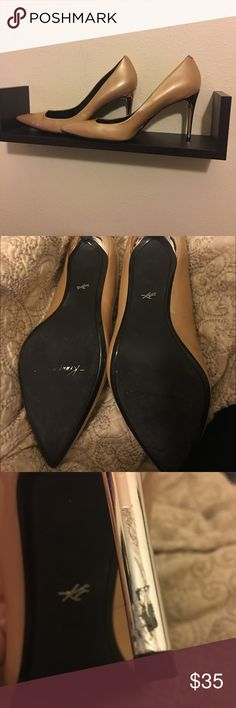 💕Kenneth cole heels Barely used Kenneth Cole heels.  Scratch on heel that can be touched up with the right paint. Kenneth Cole Shoes Heels