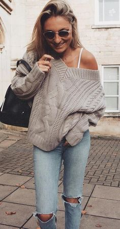 ootd / bag + knit sweater + ripped jeans