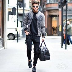 """2,895 mentions J'aime, 12 commentaires - Street Style Men Fashion (@inspirations_streetwear) sur Instagram : """"Amazing streetwear inspiration by our friend @massiii_22 Awesome! @inspirations_luxury …"""""""