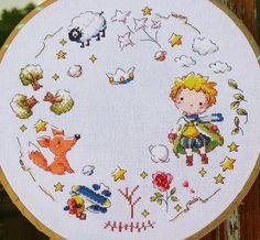 Фотография Cross Stitch Pillow, Cross Stitch Bookmarks, Cute Cross Stitch, Cross Stitch Samplers, Cross Stitch Flowers, Cross Stitching, Cross Stitch Embroidery, Hand Embroidery, Totoro